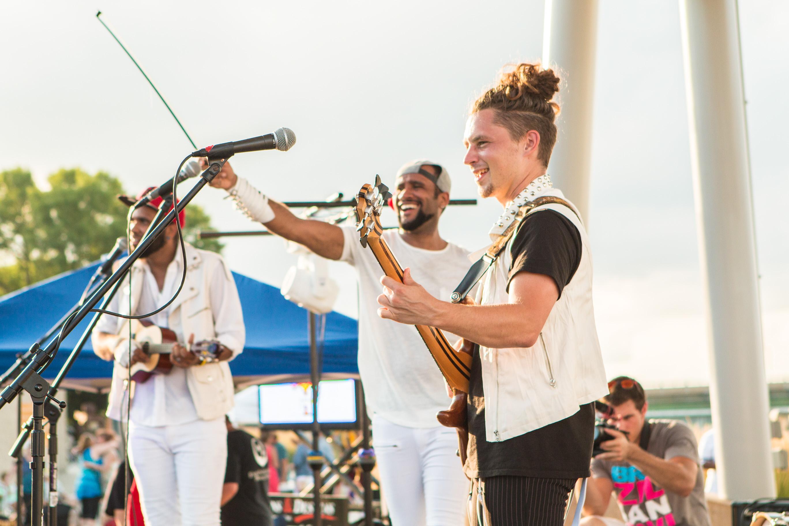 Brazilian 2wins Festival Band