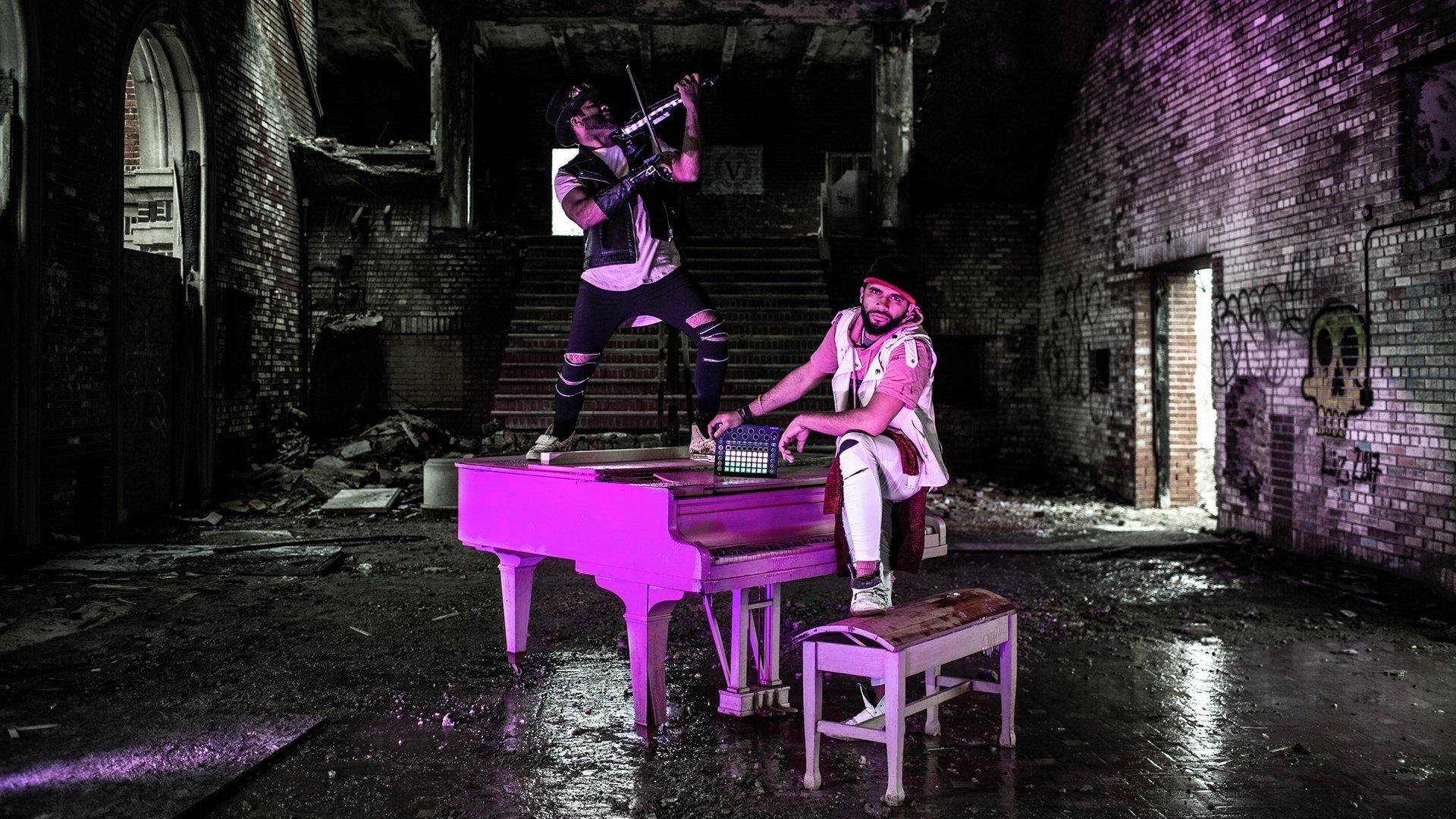 B2wins Pink Piano